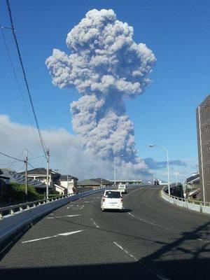桜島5000m級噴火の画像!26日は鹿児島の降灰予想と阿蘇・熊本地震との関連は?
