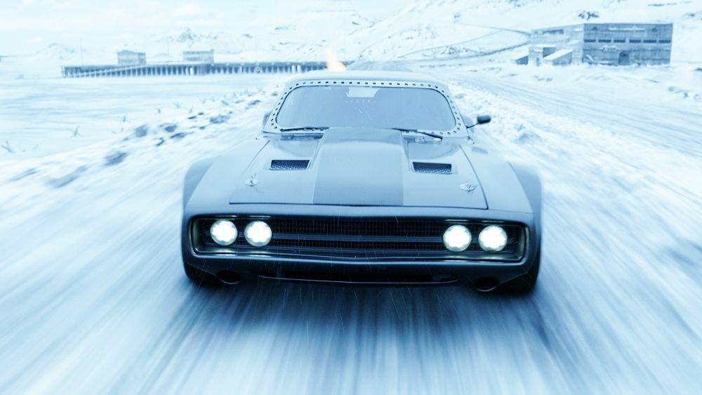 ワイルドスピード8の車を一覧で紹介!車種と登場人物の画像も添えて