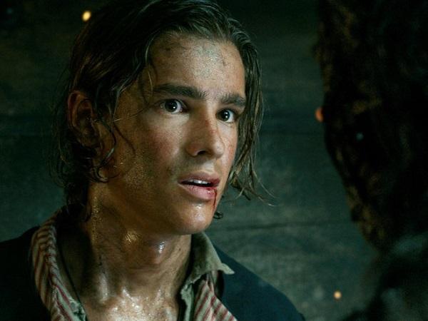 パイレーツ5最後の海賊のネタバレ!イケメンのブレントン・スウェイツ(ヘンリー)